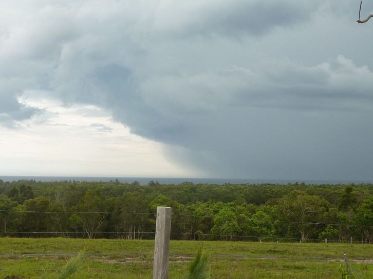 Storm sweeping in as seen on our way back to Corindi Beach.