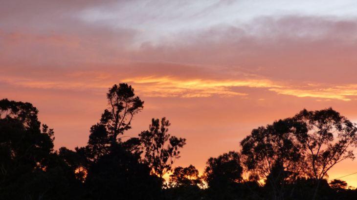 Sunrise at Katoomba. Photo taken just after 6:00 am